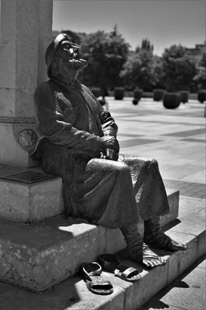 Relaxing Waiting Art And Craft Compostela Compostelle Human Representation Marcheur Piligrim Sculpture Statue Tired!