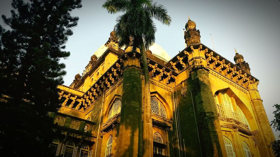 Architecture History Travel Destinations Low Angle View Built Structure Tourism Religion Ancient Civilization No People Building Exterior Sky City King - Royal Person Outdoors Day Travelling Travel Photography Dome City Illuminated Photographer Low Angle View MumbaiDiaries Mumbaimerijaan Mumbai_in_clicks
