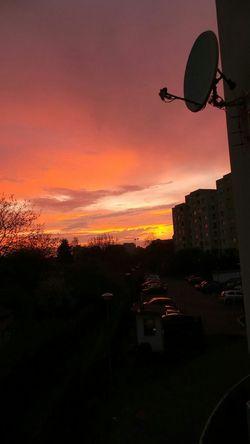 Wczoraj był malowniczy zachód słońca.