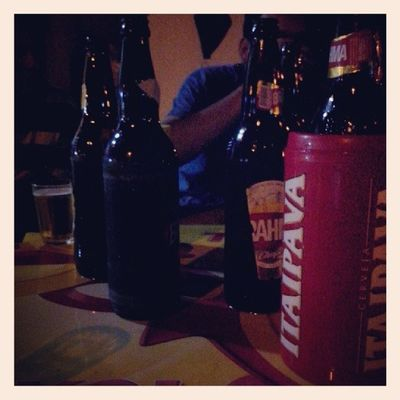 Bebendo com os amigos só para variar :D