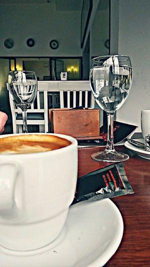 cafe Time Caffè Sevilla Londres Evning Chilling Thursday Rain Urban Hipster Maniac