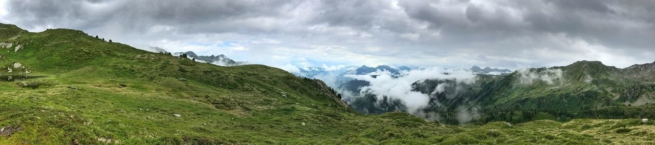 Panorama Cloud - Sky Panoramic Scenics - Nature Sky Environment Mountain Landscape Beauty In Nature Nature Land Mountain Range No People Green Color Water Grass Plant Day Tranquil Scene Outdoors Mountain Peak