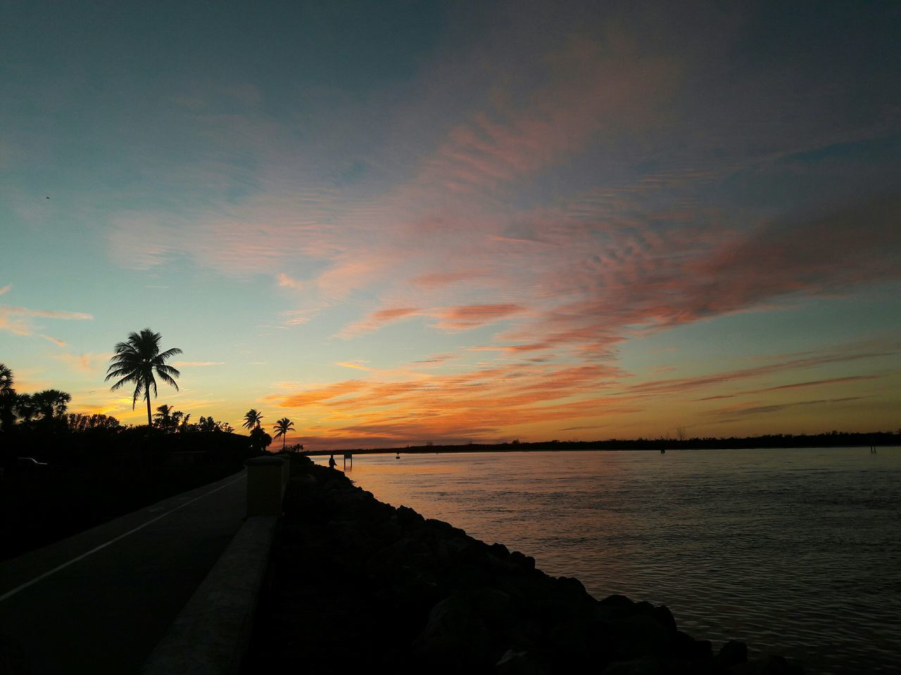 sunset, silhouette, sky, scenics, beauty in nature, nature, sea, tranquil scene, tranquility, water, palm tree, outdoors, no people, tree