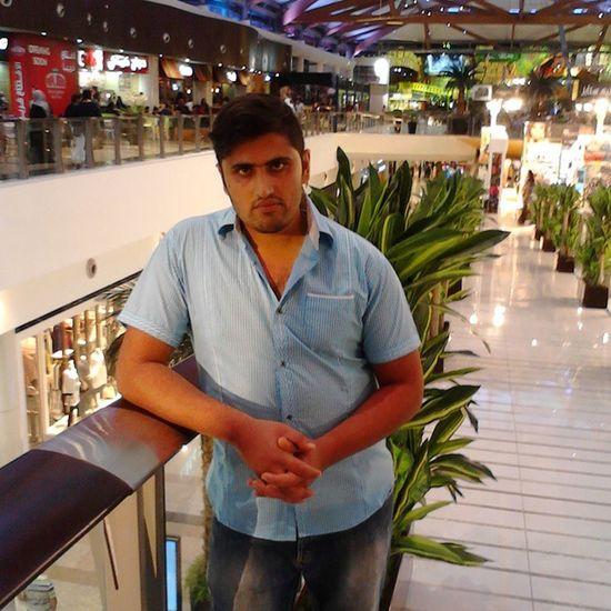 In Shara mall Dubai Chilling with frie da