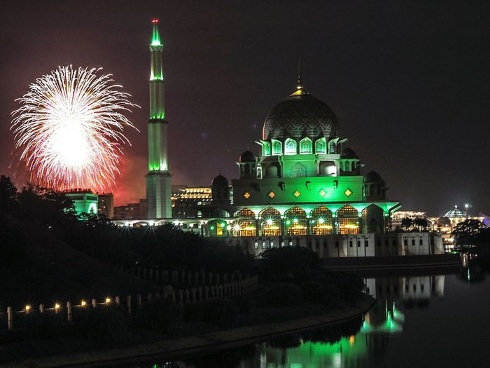masjid putrajaya Night Religion Dome Illuminated Building Exterior Travel Destinations Architecture Firework Display Urban Skyline Outdoors