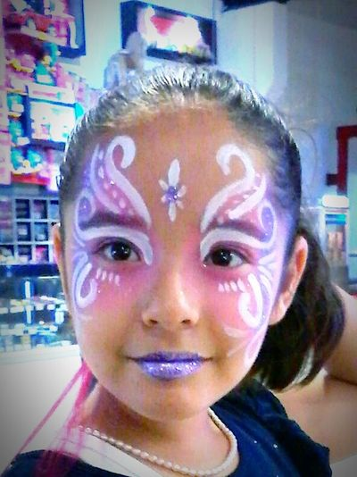 Colors Of Carnival Malecon Sonrisas Sinaloa Colors Mazatlan Antifaz Mascara Mask Sueños Alegria♥♥♥ Mexico Mivida Photography Mipaseofavorito Embarazadafeliz Family Família Daughter Hija Fotografia Happy Time Color