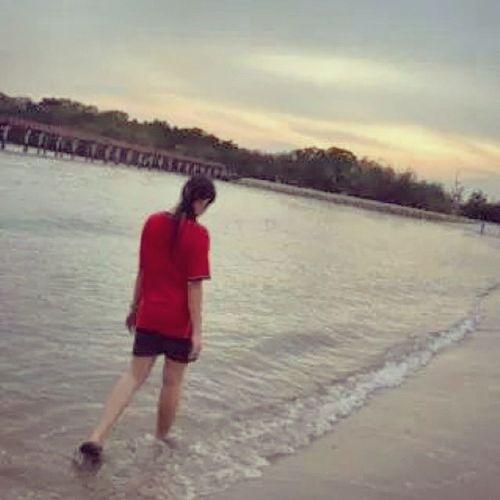 一直以为大家是同一个城堡里的伙伴,到了今天我才发现,原来我一直站在城堡外面,很羡慕地看着城堡里面的大家 MYheart Myowncastle Sunset Beach