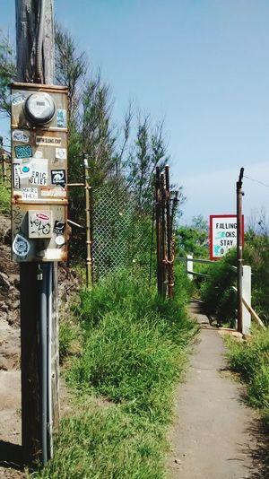 Signs Gate Fence Passage Path Junk No People Hawaii Art Lost Paradise Adventure Beauty Iron Wolf