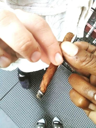 Two People Marijuana Smoke Weed Smokingintherain 2friends High Angle View Togetherness Adults Only Real People Cannababes Close-up Standing Adult Cannabis.👌🍁