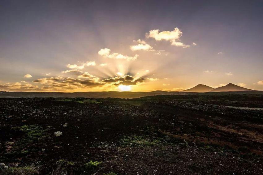 Sunset Sunset #sun #clouds #skylovers #sky #nature #beautifulinnature #naturalbeauty #photography #landscape Nature Skyporn Sky And Clouds Sunset Lovers Sunset✨
