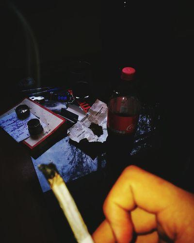 Fumar del aroma de tu piel me vuelve loco