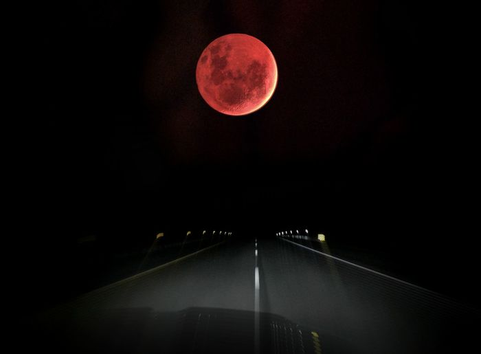 from the car #bloodmoon #eclispe Arts Culture And Entertainment Glowing Ideas Illuminated Mystery
