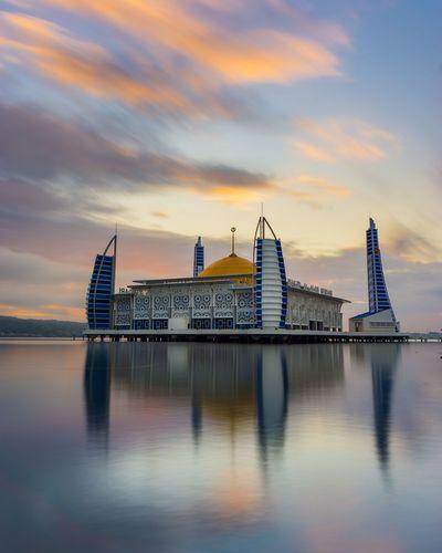 mosque Al Alam