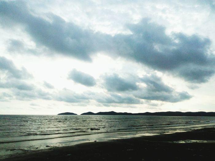 ไปเที่ยวทะเล แต่อดเล่นน้ำ T^T Sea Sea And Sky Seascape Sea View Sea Life Seaview