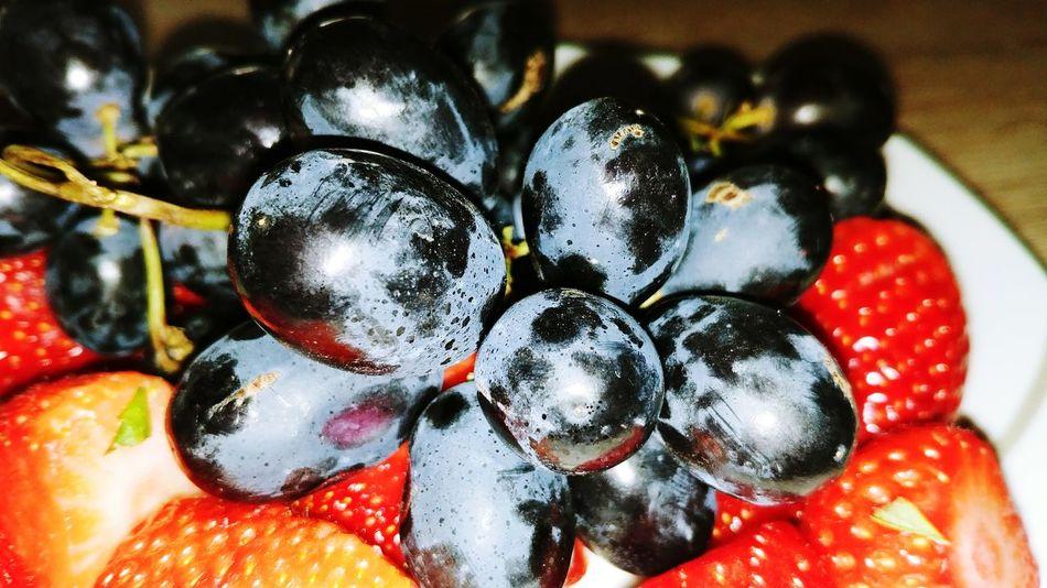 Erdbeeren 🍓😋 Weintrauben 💫 Erdbeeren Close-up