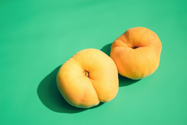 Peach Close-up Freshness Fruit Green Background Healthy Eating Orange Color Peach Ripe