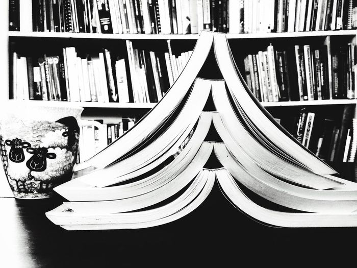 Be. Ready. Black And White Friday Reading Books New Years Resolution  Coffee Cup Coffee The Week On EyeEm EyeEm Best Shots Blackandwhite Black And White Black & White Bookshelf Home Interior Table Still Life