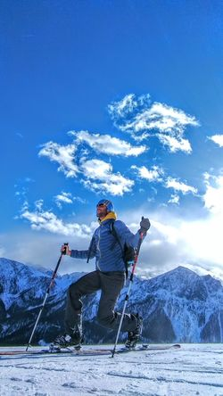 Ich bin überglücklich hier stehen zu dürfen... Felicissimo di godermi questo momento... Sport Adult Only Men Activity Winter Sport One Man Only People Winter Outdoors Healthy Lifestyle Men Cold Temperature Mountain Kronplatz Plan De Corones Snow Winter