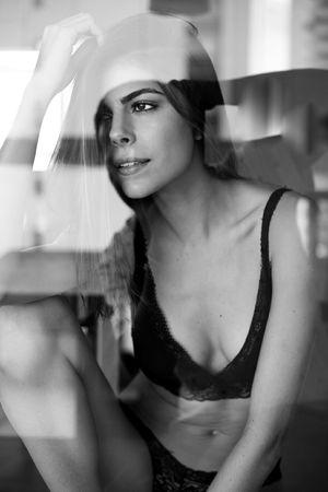Portrait Beautiful Woman Beauty Close-up Portraitfeme Females Pics Picofday Exposure Relaxation Sensualgirl Sensualart Sensual 💕 Sensuality Photo Girls Retratos SexGirl Allshoot Photographylovers