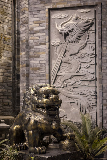 lion Art And Craft Representation Sculpture Statue Architecture Human Representation Creativity Built Structure Craft The Past History Building Exterior Building Religion Belief Carving - Craft Product Male Likeness No People Ornate