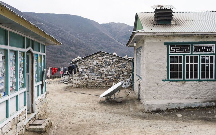 EBC Trek, Nepal Himalayas Nepal The Week on EyeEm Architecture Building Building Exterior Built Structure Day House Landscape Mountain Mountain Range Nature No People Old Outdoors Remote Residential District Roof Satellite Dish Sky Travel Destinations Village Window