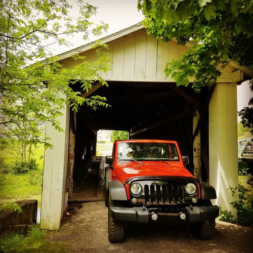 Jeep Wrangler visiting a covered bridge Jeep Jeep Wrangler  Jeep Wrangler JK Covered Bridge Old Bridge Bridge Orange Color Ohio Trees
