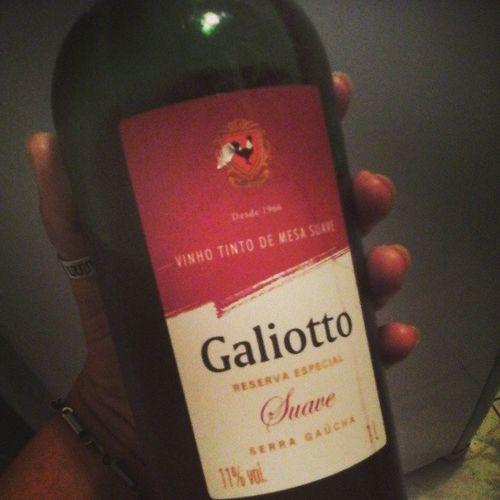 Domingo de chuva...finalizando com um vinho pra relaxar Quevenhasegundafeira
