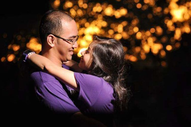 Two People Togetherness Love Eyes Closed  Night City Happiness Enjoyment Bonding Beautiful People Women Embracing Christmas Decoration City Life Illuminated Real People People Couple Winter Christmas Bokeh Prenup