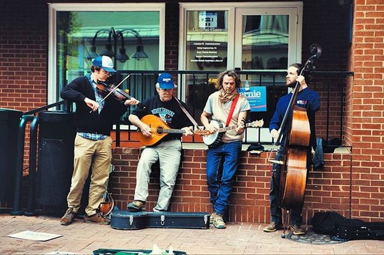 I was walking around campus and found a folk street band performing in downtown Charlottesville, VA while repping support for Bernie Sanders. Uva BernieSanders Bernie2016 Charlottesville Va Folkmusic Hipster Streetart Streetphotography Ztprod