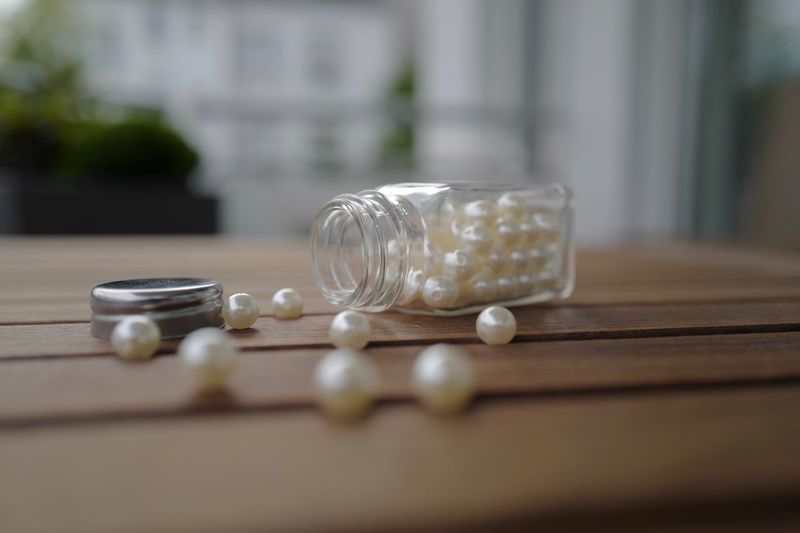Inpression Pearls Table Selective Focus Still Life Close-up Wood - Material No People Indoors