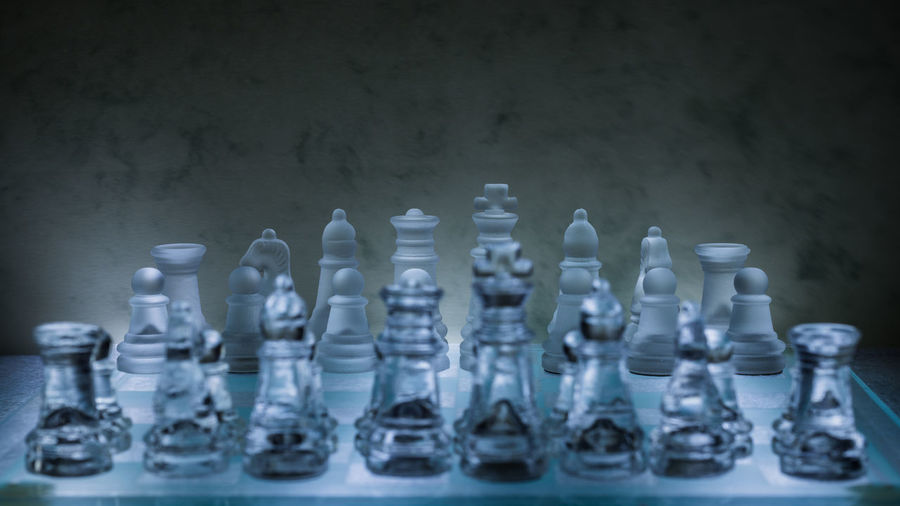 Nikon D7200 Large Group Of Objects Glass - Material Chess Board Game Game Indoors  Chess Piece Leisure Games Still Life King - Chess Piece Queen - Chess Piece Pawn - Chess Piece Knight - Chess Piece Relaxation In A Row Arrangement EyeEm Gallery EyeEm Selects Selective Focus Close-up Studio Shot Order Focus On Background