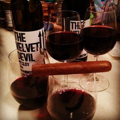 Familynight Thevelvetdevil