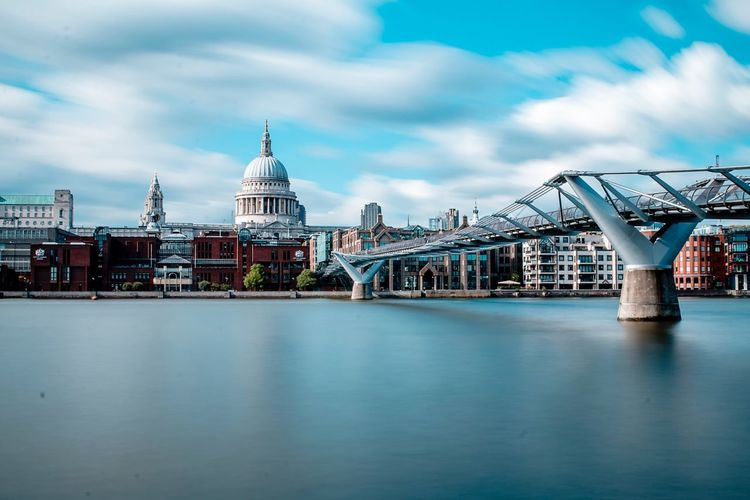 London Architecture Built Structure Sky Building Exterior Cloud - Sky Travel Destinations Day Water Outdoors Waterfront No People City Nature London