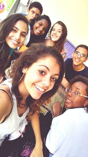 Summer Diversão Amigos Sorrisos