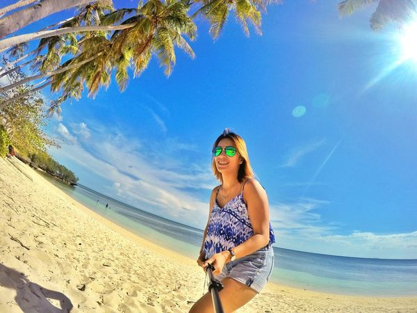 Blue is 💙 Islandlife Islandgirl Ivyenturer That's Me Feel The Moment Vacations Beachaholic Vitaminsea IvyEntures2016
