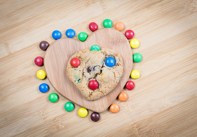 Everybody loves chocolate cookies Cookies Dessert Biscuit Biscuits Candies Chocolate Cake Chocolate Cakes Chocolate Candies Close-up Food Food Stories Freshness Multi Colored No People Sweet Desserts Sweet Food Sweet Foods Unhealthy Food