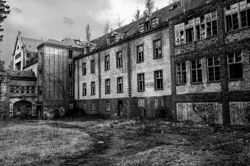 Beelitz Heilstätten Chirurgie Chirurgy Lost Places Dilapidated House Blackandwhite Photography