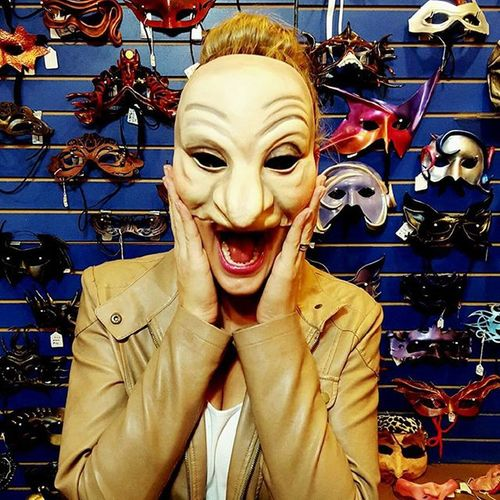 Oh my oh my I'm just having too much fun in Neworleans Maskarade Havingfun Thanksgiving Mask Funny Lasvegas Beinggoofy Goofingoff Tourist LOL