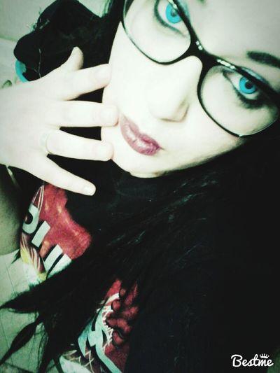 Nowhere Likeahorror Likesforlikes Smilebaby Falldown Metalhead Blackmetalgirl Iceeyes Glasses SouthOfHeaven Slayer \m/ Nowthrashmusictime