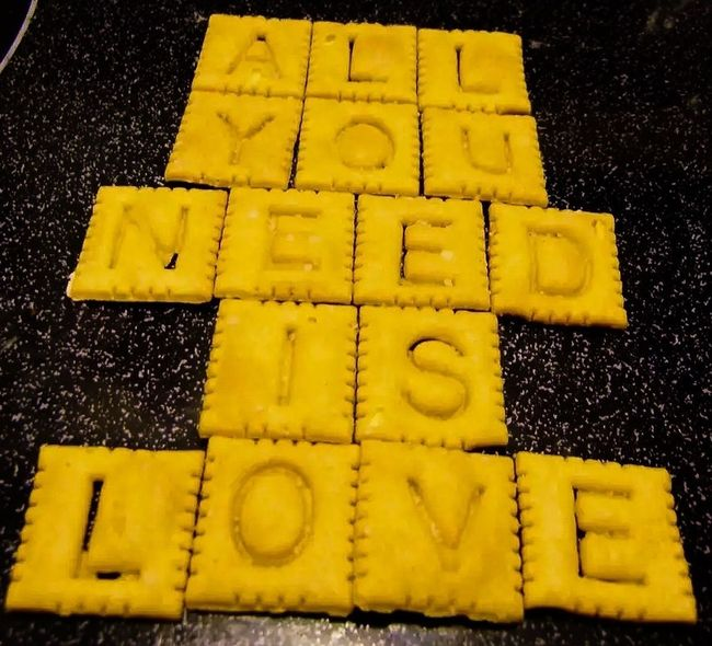 Love Love ♥ Love♥ Food Love yes, sometimes I like to play with my food.