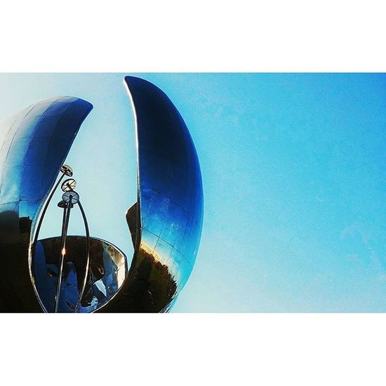 Spring timeArgentina Bsas Buenosaires Architexture Arquitectura Architecture archilovers ArchitecturePorn Sculpture Urban City flower Igrs IgrsArgentina IgrsBsAs Instagram Instapic Instagood instalike InstaMoment Instacool Igers IgersArgentina