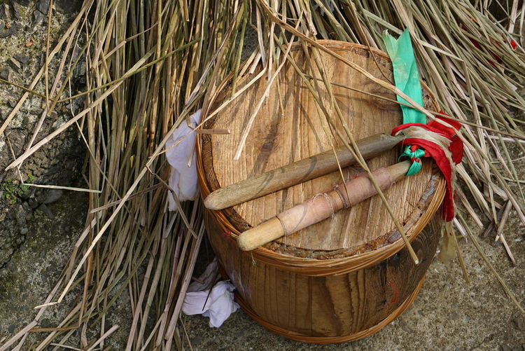 Festival Season Japan Basket Close-up Container Day Dry Festival Field Goto Grass Hanging High Angle View Leaf Log Nature No People Outdoors Plant Plant Part Still Life Traditional Festival Tree Wicker Wood - Material The Photojournalist - 2018 EyeEm Awards