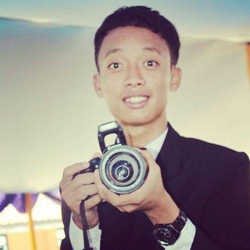 perpisahan Canon Lensa Clock LSR