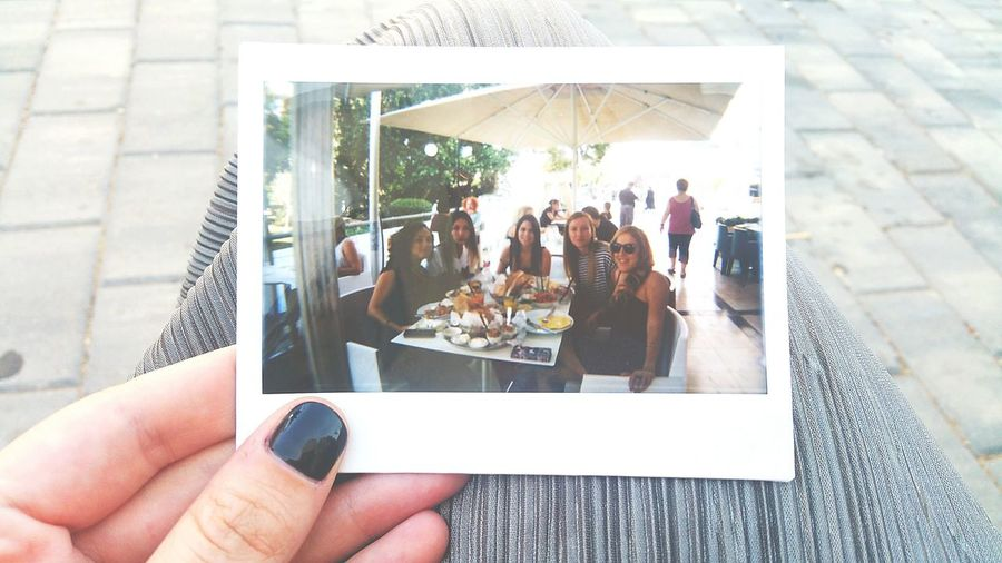Poloroid Vintage Vintage Photo First Eyeem Photo Human Hand Holding People Real People Close-up Adult