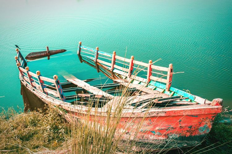 Nautical Vessel Transportation Water Mode Of Transport High Angle View Moored Sea Day Outdoors No People Nature Sky Beauty In Nature River Beach Blue Incredible India Scenics Boat Vintage Abondoned Sommergefühle EyeEm Selects