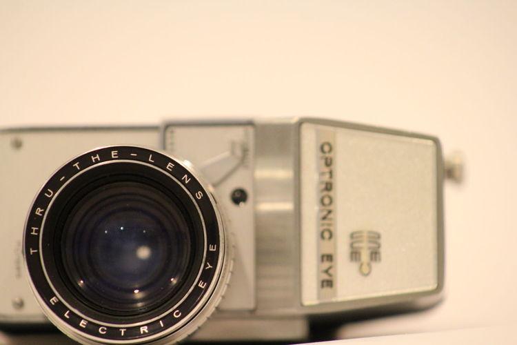 Antique Background Defocus Camera Lens Old Old Camera Video Camera Whitebackground Pivotal Ideas
