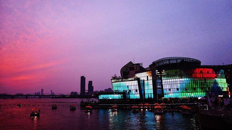 Chiều hoàng hôn buông doesn't fine. Built Structure Embrace Urban Life City Seoul Sonyalpha Capturemoment TakenbyVin First Eyeem Photo