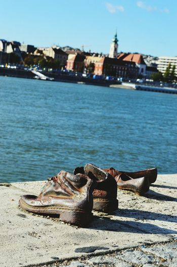 City Outdoors Monument Budapest Streetphotography Wanderlust City Life Budapest, Hungary Travelling Budapest Travel Statue Travel Destinations No People History Sculpture Lest We Forget Shoes By The Danube Tribute Remembrance Memorial Urban Skyline Art Fresh Filter