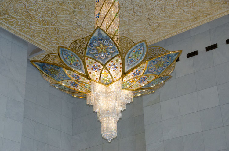 Arch Architectural Feature Architecture Art And Craft Ceiling Chandelier Column Creativity Design Geometry Hanging Illuminated Indoors  Lighting Equipment Low Angle View Ornate Pattern Religion Sheikh Zayed Grand Mosque Symmetry Wall