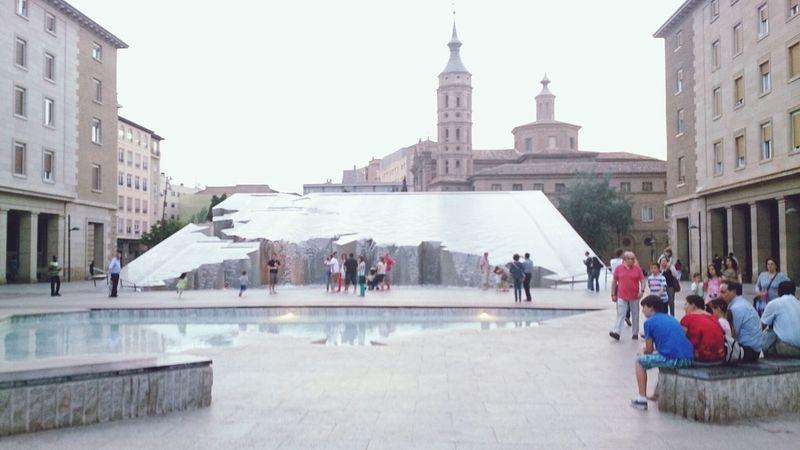 La Fuente de la Plaza Del Pilar